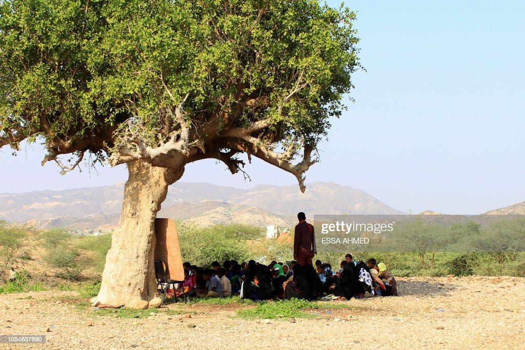 YEMEN-CONFLICT-EDUCATION : News Photo