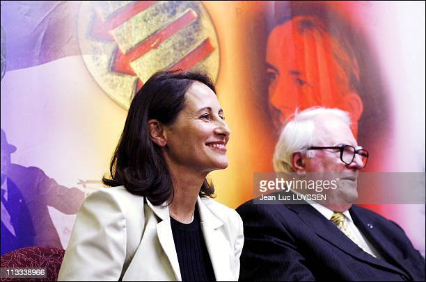 Displacement Of Segolene Royal In The North Departement On June 2Nd 2006 In Lille France Here Segolene Royal And Pierre Mauroy