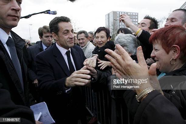 Displacement of the president of the republic on the theme of housing In Vandoeuvre Les Nancy Meurthe and MoselleFrance On December 11 2007Nicolas...