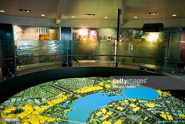 display at national capital exhibition. - australian capital territory stockfoto's en -beelden