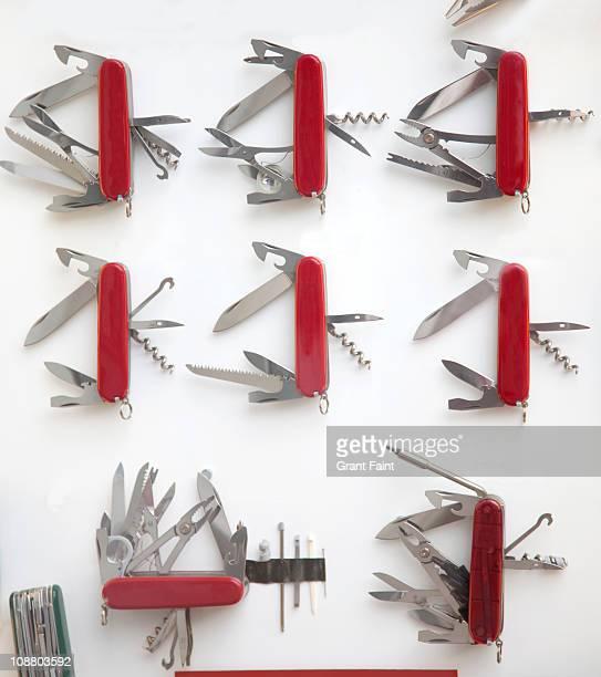 Display of pocket knifes.