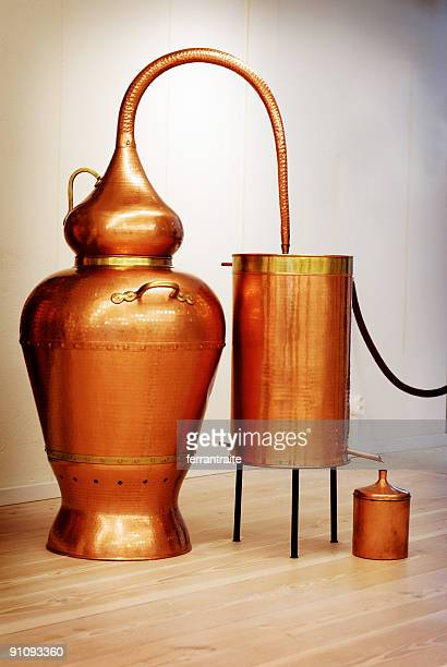 distillery still - distillery stock pictures, royalty-free photos & images