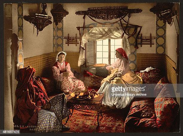 Distinguished Moorish women, Algiers, Algeria 1899.