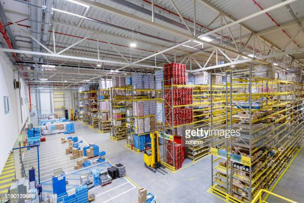 distribution warehouse - industrial storage bins stock pictures, royalty-free photos & images