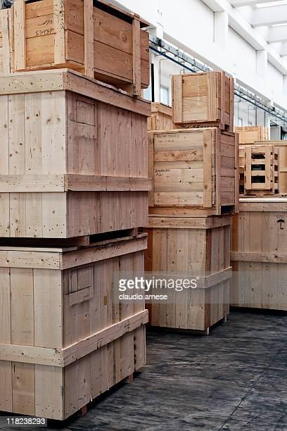 Entrepôt de Distribution avec cage. Image en couleur