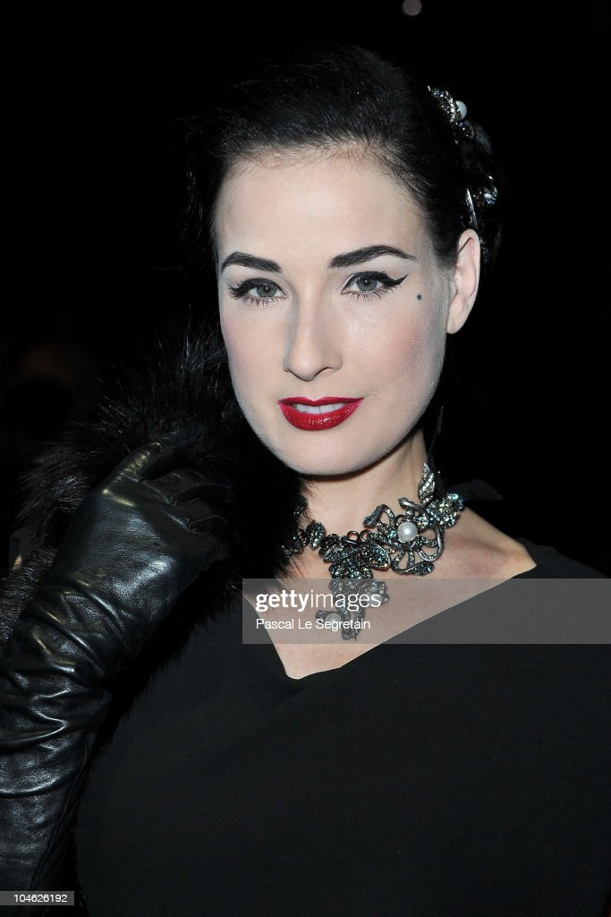 Dita Von Teese arrives for the Lanvin Ready to Wear Spring/Summer 2011 show during Paris Fashion Week at Halle Freyssinet on October 1, 2010 in Paris, France.
