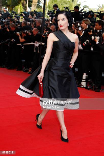 Dita von Teese attends the Inglourious Basterds premiere held at the Palais Des Festivals during the 62nd International Cannes Film Festival on May...