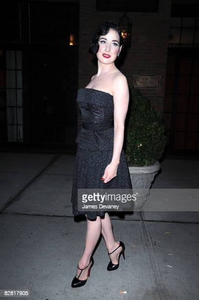 Dita Von Teese leaves the Bowery Hotel after celebrating Marc Anthony's 40th birthday on September 14, 2008 in New York City.