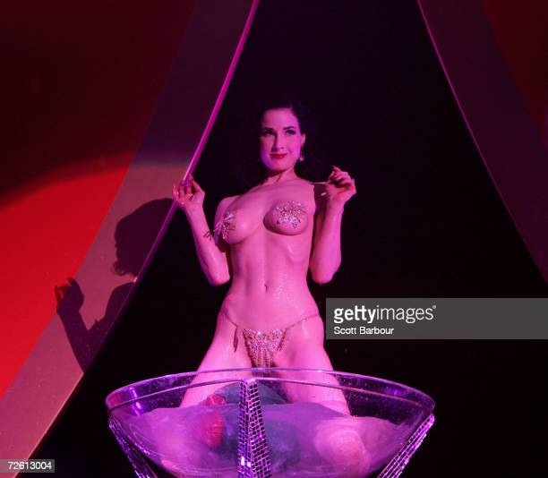 Dita Von Teese the wife of Marilyn Manson performs during the Erotica 2006 exhibition at Olympia on November 17 2006 in London EnglandThe four day...