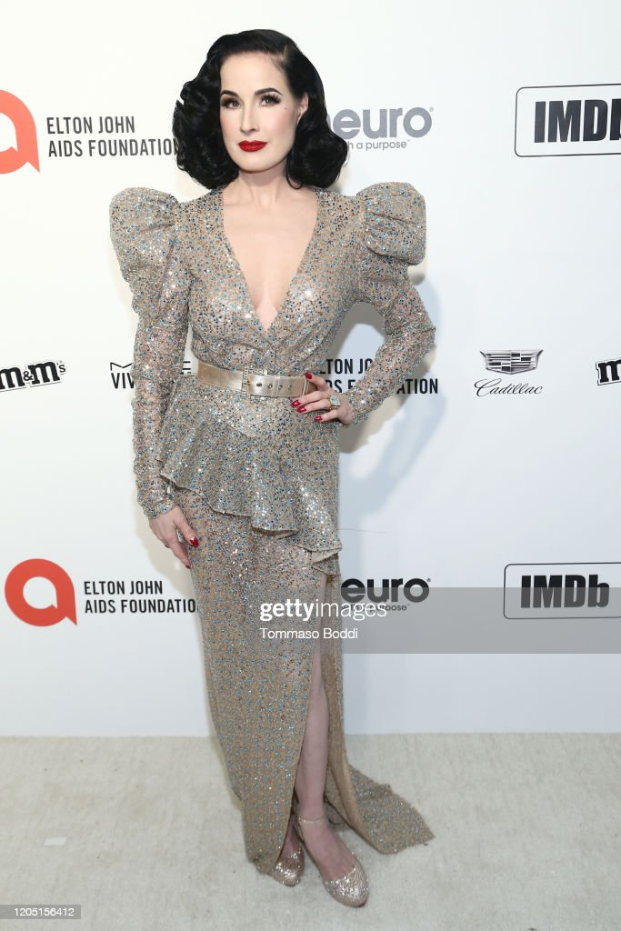 Dita Von Teese Walks The Red Carpet At The Elton John Aids Foundation News Photo Getty Images
