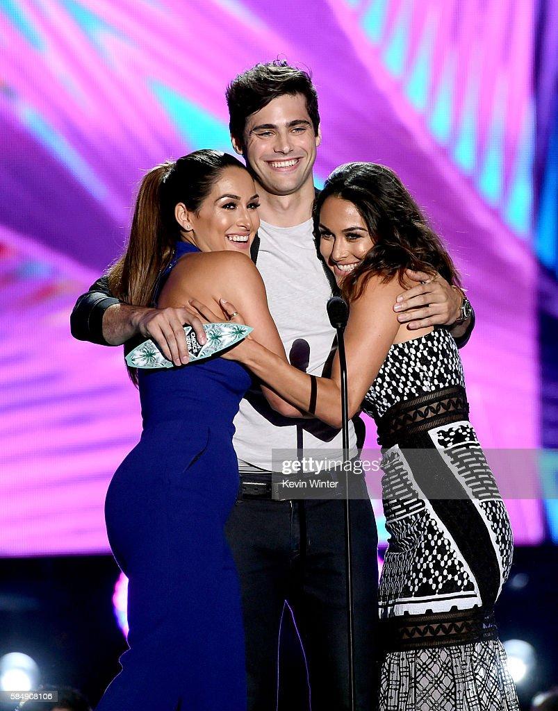 Teen Choice Awards 2016 - Show : News Photo