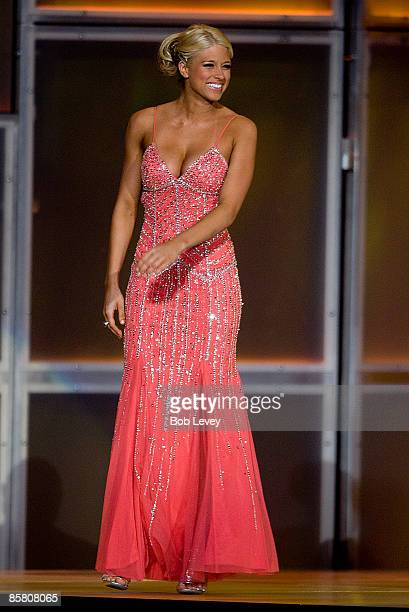 Diva Kelly Kelly attendsthe 25th Anniversary of WrestleMania's WWE Hall of Fame at the Toyota Center on April 4 2009 in Houston Texas