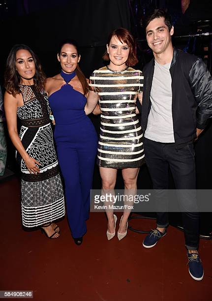 WWE Divas Brie Bella and Nikki Bella and actors Daisy Ridley and Matthew Daddario attend the Teen Choice Awards 2016 at The Forum on July 31 2016 in...
