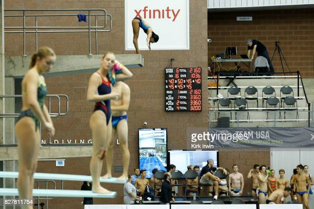 Divers warm up prior to the start of the Senior Men's 1m Semi Final during the 2017 USA Diving Summer National Championships on August 8 2017 in...