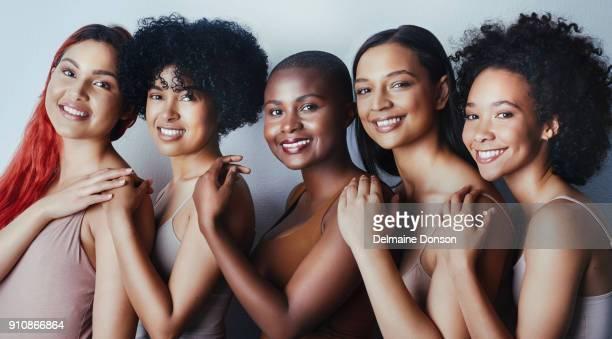beleza diversa - diferente não significa menos - melanina - fotografias e filmes do acervo