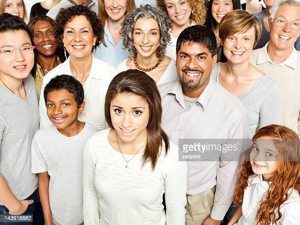 多様なコミュニティーの人々