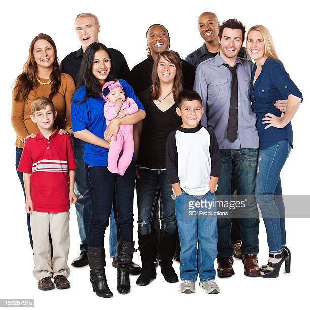 Groupe diversifié de gens heureux complet du corps, isolé sur blanc