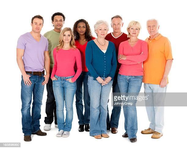 Groupe diversifié de gens-isolé
