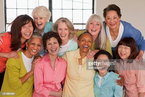 diverse women laughing together - diverse women - fotografias e filmes do acervo