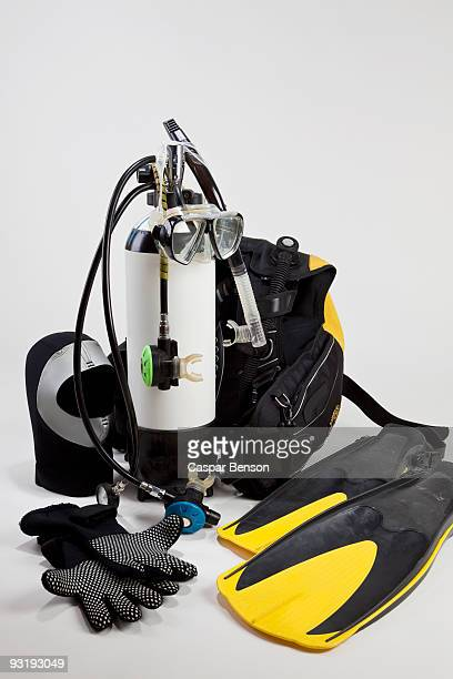 diving equipment - scuba mask stock pictures, royalty-free photos & images