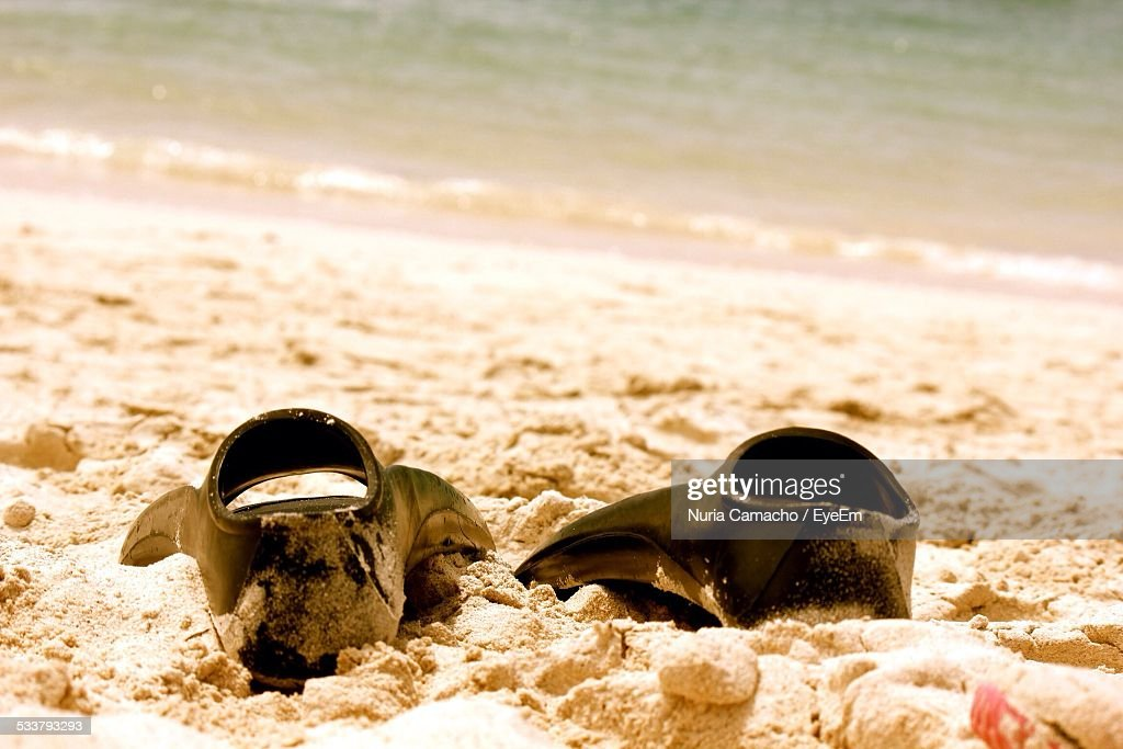 Diving Fins On Beach : Foto stock