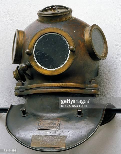 Diving helmet 20th century Milan Civico Museo Navale Didattico
