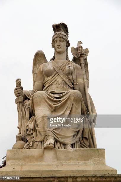 divinidad - diosa atenea fotografías e imágenes de stock