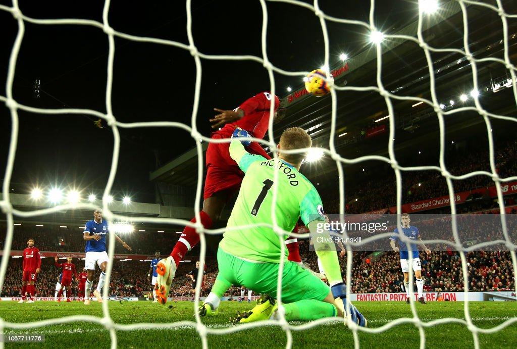 Liverpool FC v Everton FC - Premier League : Foto di attualità