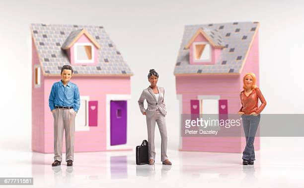 Divorcing couple with lawyer