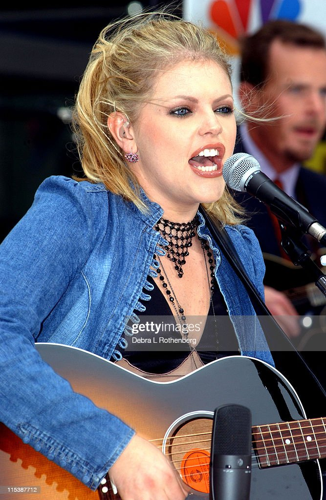 "The ""Today"" Show's 2002 Concert Series - Dixie Chicks"