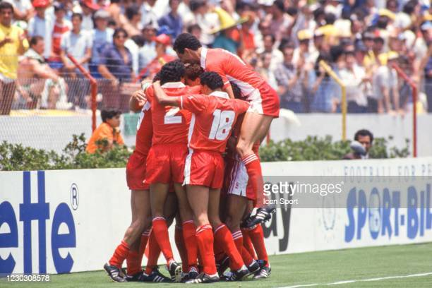 Djamel ZIDANE of Algeria celebrate his goal with his teammates during the 1986 FIFA World Cup match between Algeria and Northern Ireland at Estadio...