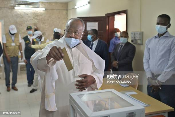 Djibouti's incumbent president Ismail Omar Guelleh casts his ballot at the Ras-Dika district polling station in the capital Djibouti on April 9,...