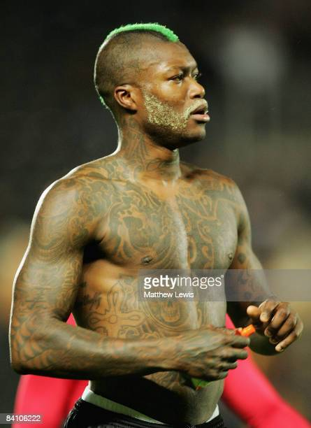 Djibril Cisse of Sunderland in action during the Barclays Premier League match between Hull City and Sunderland at the KC Stadium on December 20 2008...