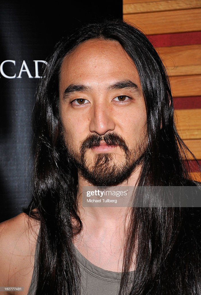 DJ/Producer Steve Aoki arrives at an 'Up Close & Personal with Steve Aoki and Kaskade' Q&A session for GRAMMY U Los Angeles at Los Angeles Film School on September 25, 2012 in Los Angeles, California.