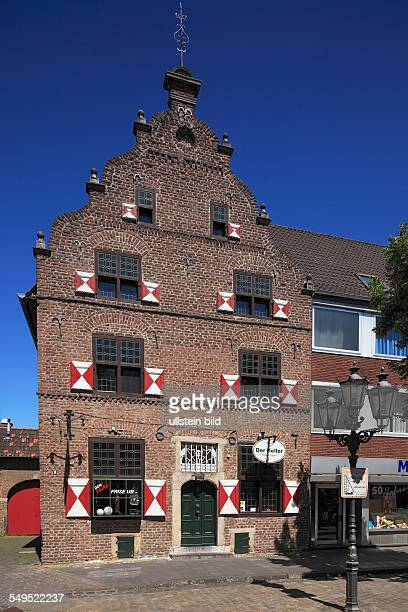 DKrefeld Rhine Lower Rhine Rhineland North RhineWestphalia NRW DKrefeldHuels market place residential building gable house baroque spring well
