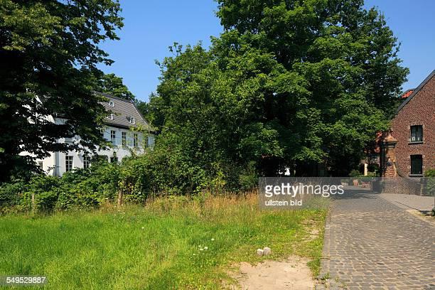 DKrefeld Rhine Lower Rhine Rhineland North RhineWestphalia NRW DKrefeldTraar Traar House former manor demesne estate moated castle Middle Ages manor...