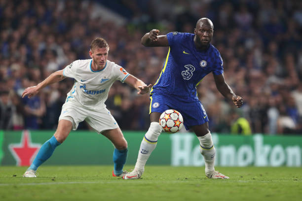 Dmitriy Chistyakov of Zenit Saint Petersburg and Romelu Lukaku of Chelsea during the UEFA Champions League group H match between Chelsea FC and Zenit...