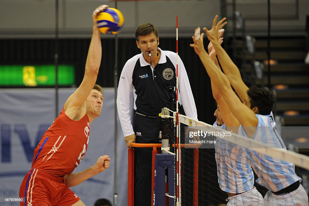 Russia v Argentina - FIVB Men's Volleyball World Cup Japan 2015