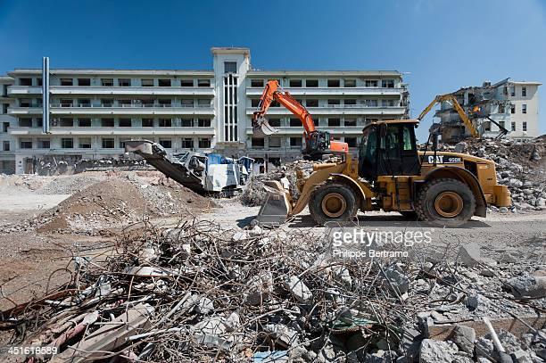 CONTENT] Démolition de l'Hopital de Cannes Destruction of Cannes Hospital Nikon D700 <b>Lens</b>Nikkor 1735F28D