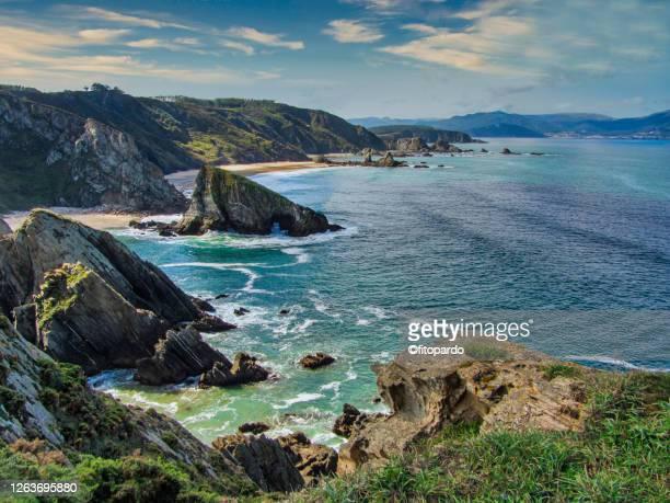 do loiba cliffs landscaped overview - galicia fotografías e imágenes de stock