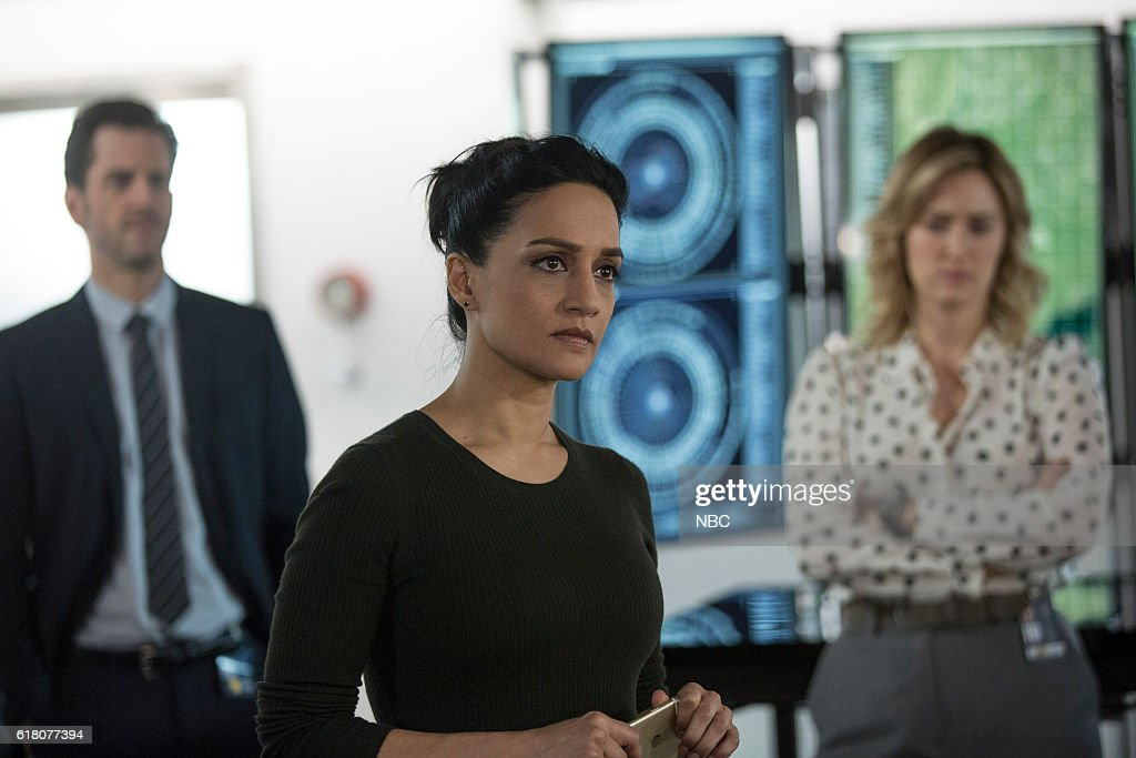 BLINDSPOT -- 'Do Not Slack, the Featherweight Wins' Episode 208 -- Pictured: (l-r) Aaron Abrams as Matthew Weitz, Archie Panjabi as Nas Kamal, Ashley Johnson as Patterson --
