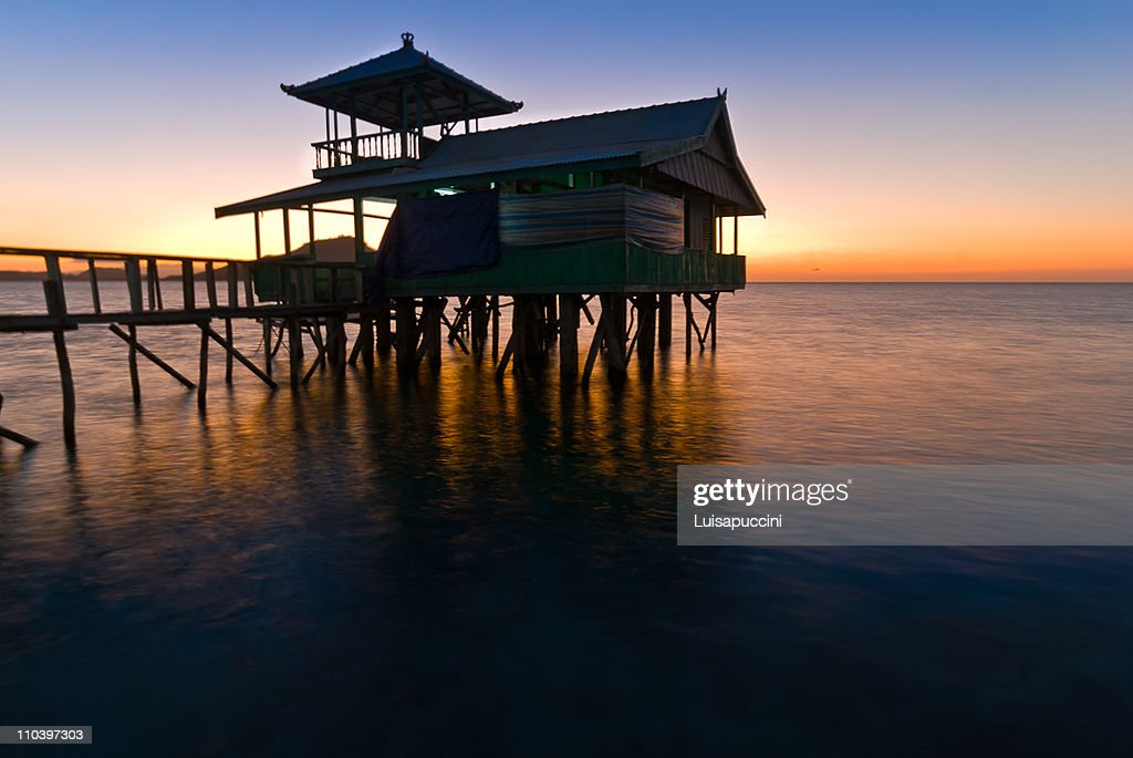 Dock at Kanawa Island : Foto de stock