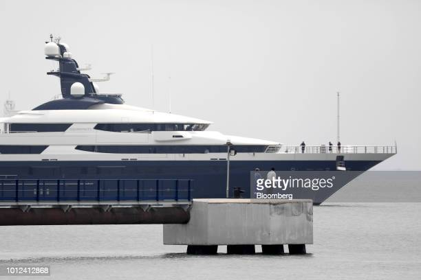 16 Linked Super Yacht Equanimity Arrives In Malaysia As Pm Mahathir