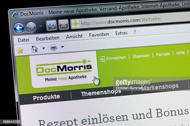 DocMorris - Macro shot of real monitor screen