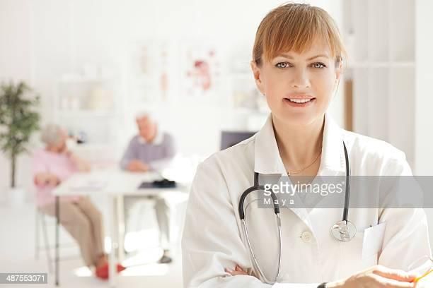 Arzt in Ihrem Büro