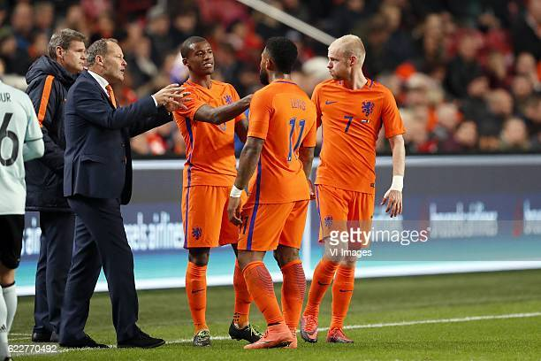 doctor Edwin Goedhart of Holland coach Danny Blind of Holland Georginio Wijnaldum of Holland Jeremain Lens of Holland Davy Klaassen of Hollandduring...