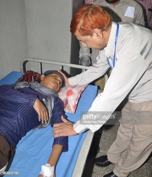 Doctor examines Jitendra Arjunwar at Amritsar Civil Hospital after his repatriation from Pakistan on May 3 2018 in Amritsar India Jitendra a resident...