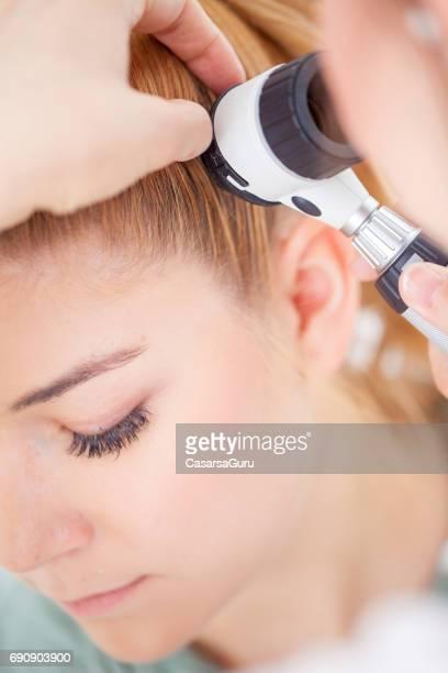 医者で、当検査患者の頭皮