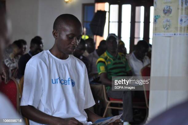 Doctor Maurice Kakule Mutsunga is a health worker who was contaminated when treating a patient. Cured from Ebola, he became an educator in the...