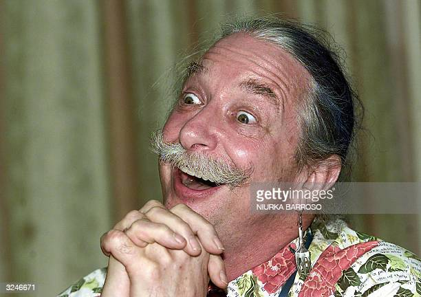 US doctor Patch Adams speaks during a press conference in Havana 07 April 2004 Admas will present tomorrow the documentary Clowing in Kabul made in...
